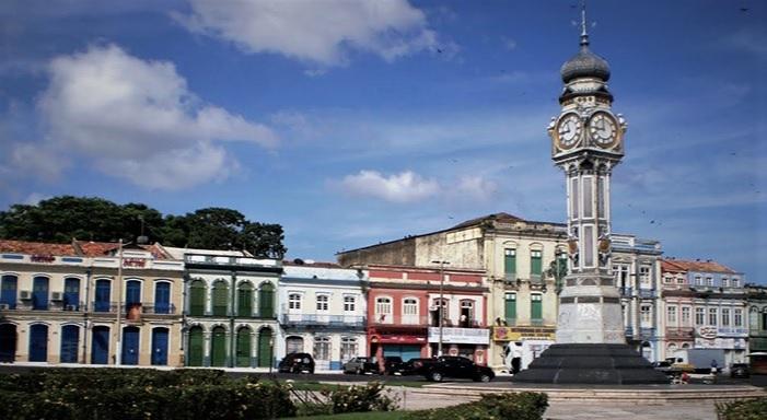 Vue de l'horloge publique de Belem au Brésil.